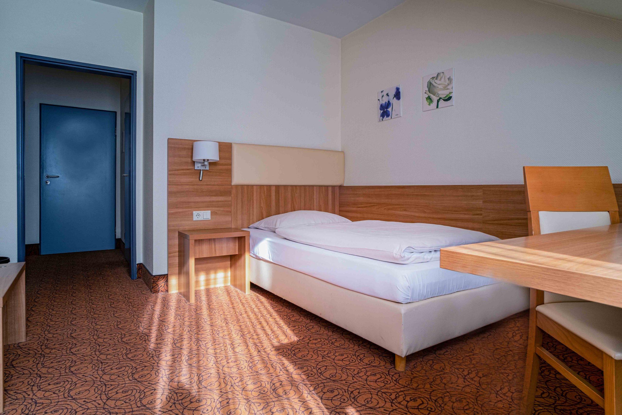 Komfort Einzelzimmer Bett 1,2mx2m